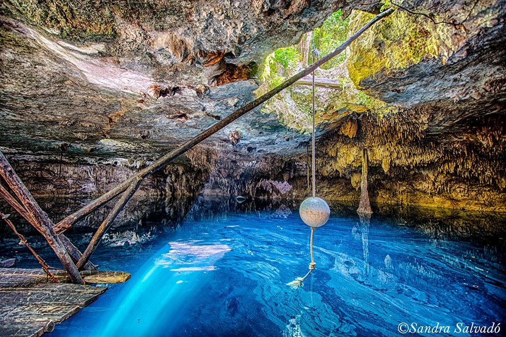 Cenote Kin-Ha, hermoso cenote