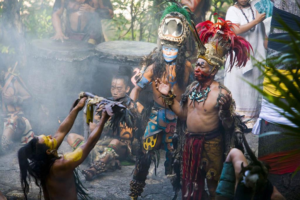 Escenificación maya en Xcaret