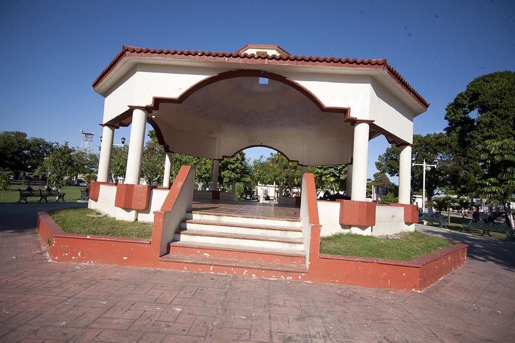 Plaza de Bacalar