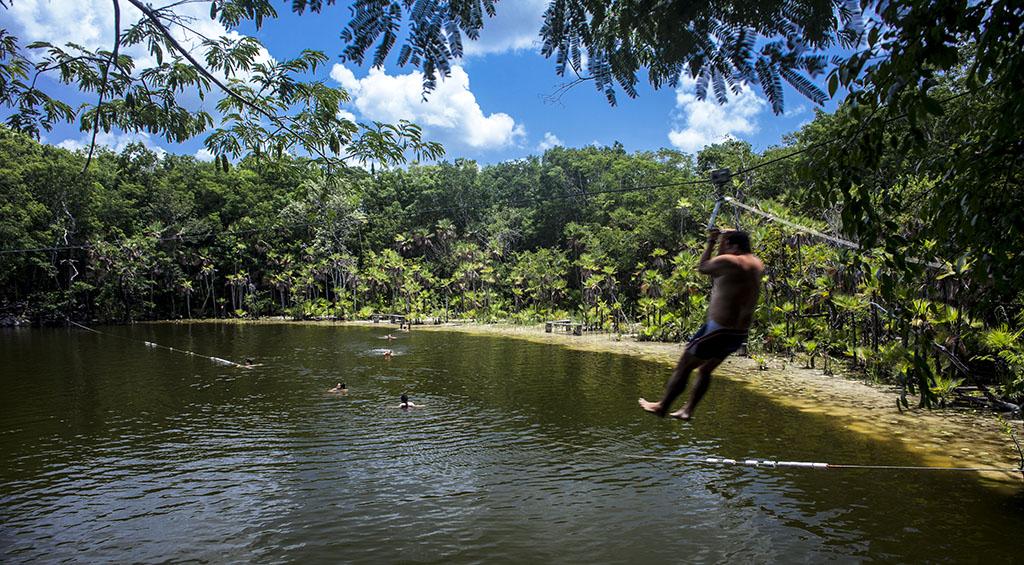 Cenote Las Mojarras, en la Ruta de los Cenotes