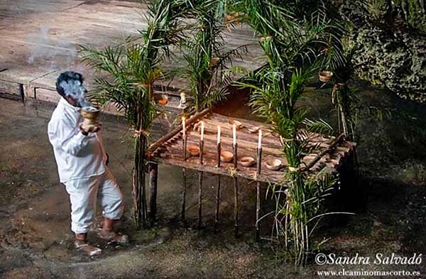 ¿En qué situación se encontraban los mayas a la llegada del colonizador?