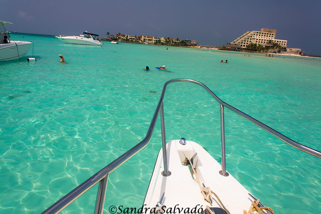¿Cómo ir en ferry a Isla Mujeres?