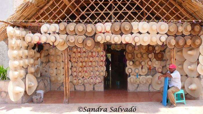 Bécal, los artesanos de los sombreros