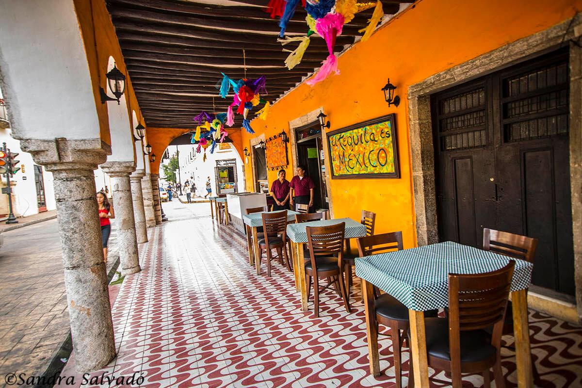 Restaurantes de  Valladolid. Ciuadd colonial, Yucatán, México.