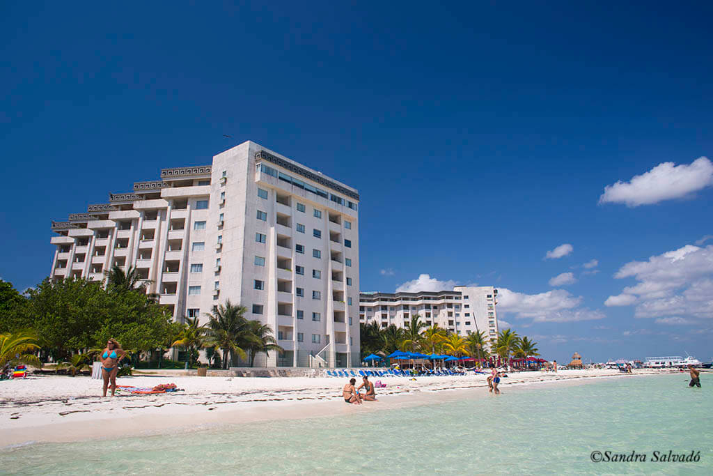 cancun beaches zona hotelera