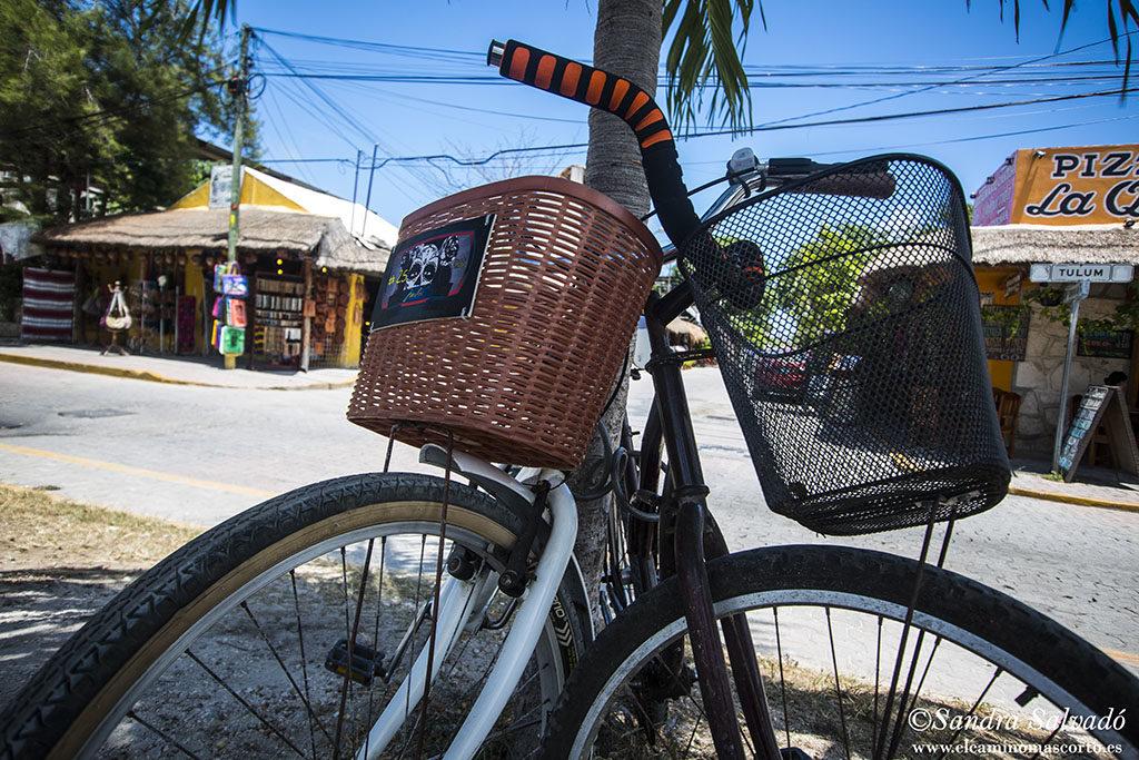 En bici por Valladolid, Yucatán, México.