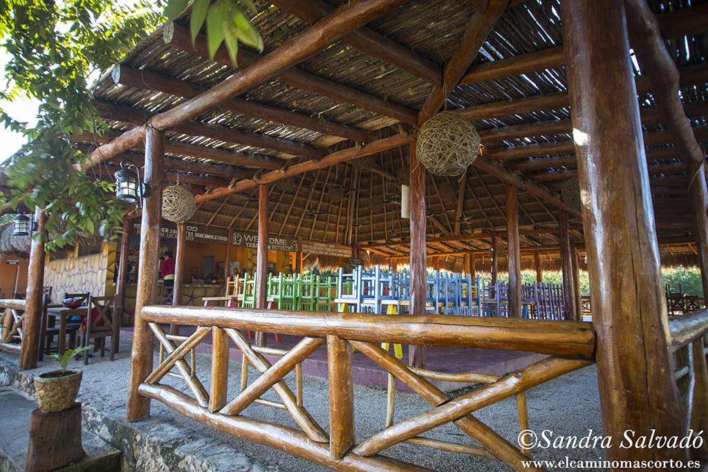 Cenote Santa Rosa, hospedaje con alberca natural 2