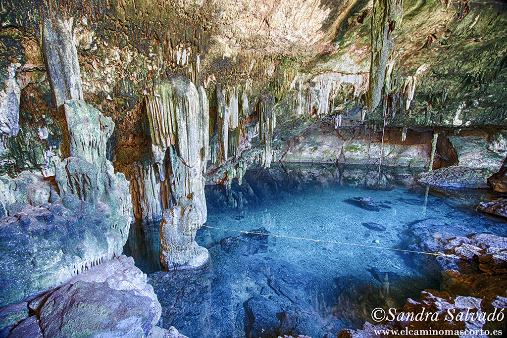 Cenote TzaUjunKat Homun