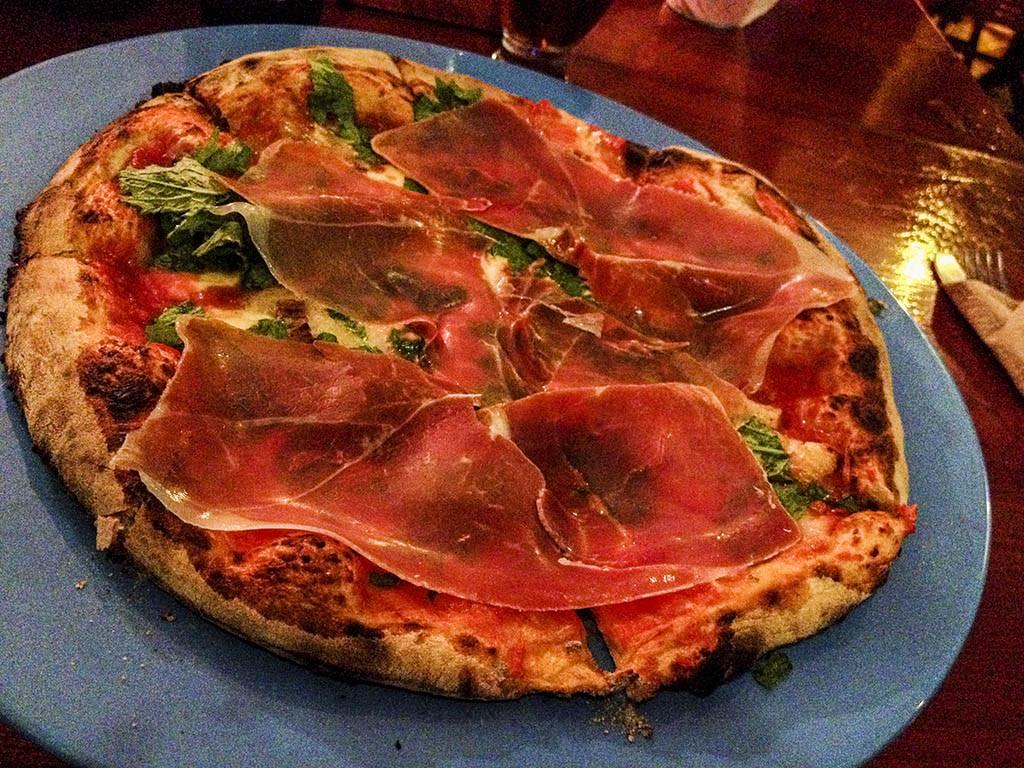 Casa Italia Valladolid. Pizza.