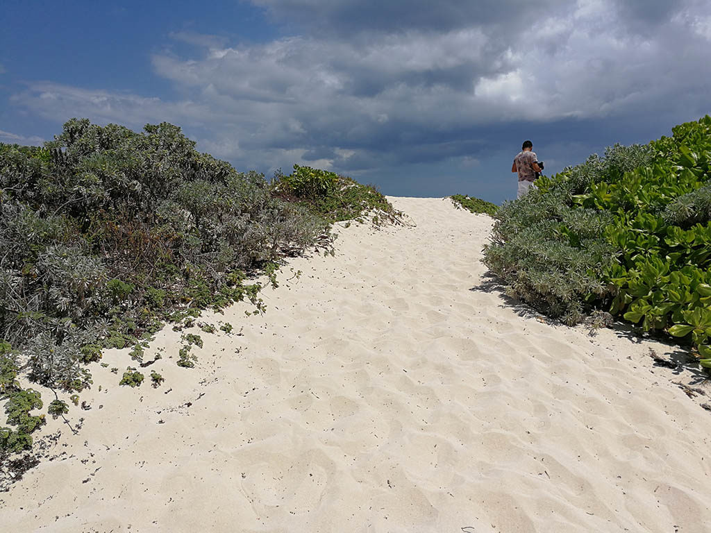 playa xcacel xcacelito