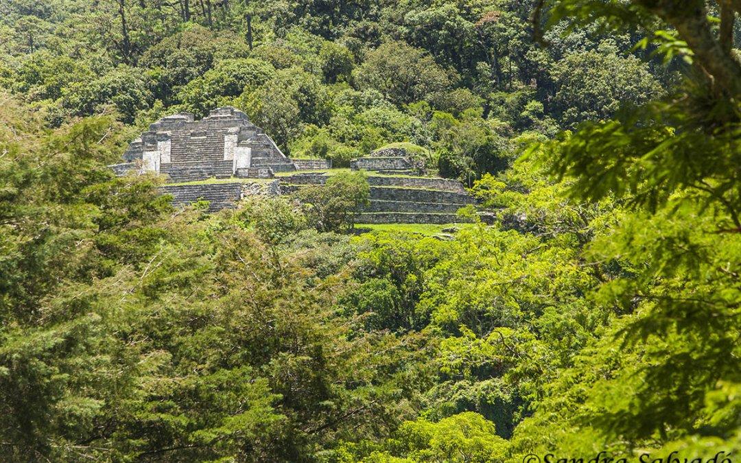Chinkultic, las mejores vistas mayas de Montebello