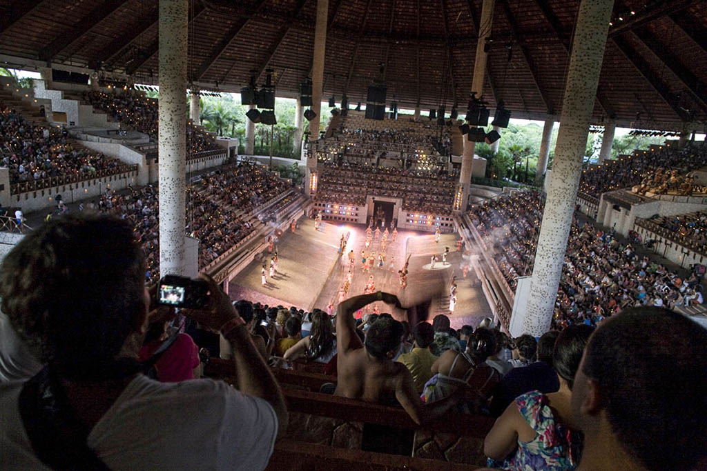 How to visit Xcaret, the great theme park of Riviera Maya