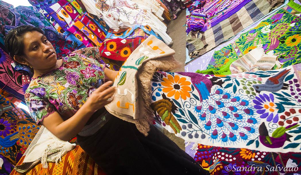 Zinacantan, place of weavers. Handicrafts of Chiapas.