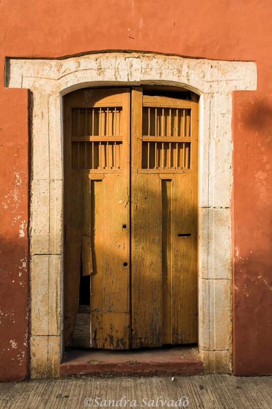 Puertas.Valladolid ciudad colonial,  Yucatan, México.