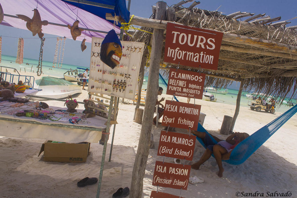 how to go by ferry to holbox