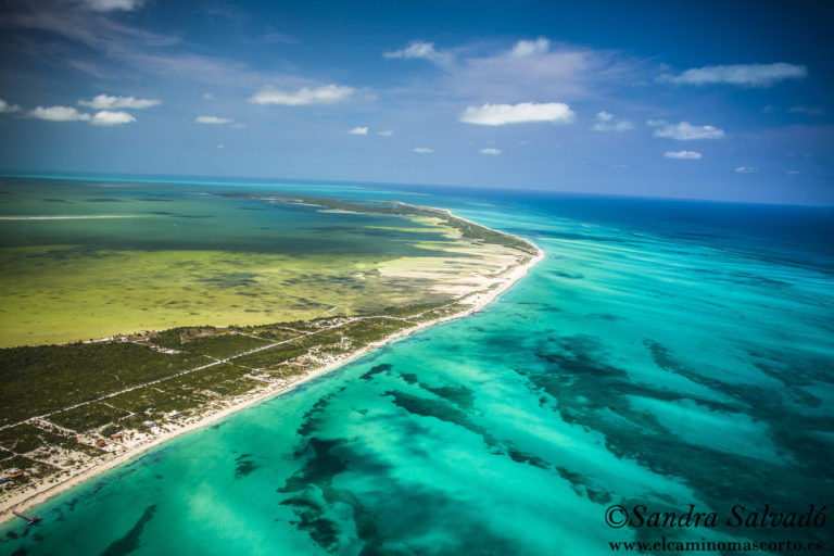 Playa Isla Blanca, Quintana Roo, México.