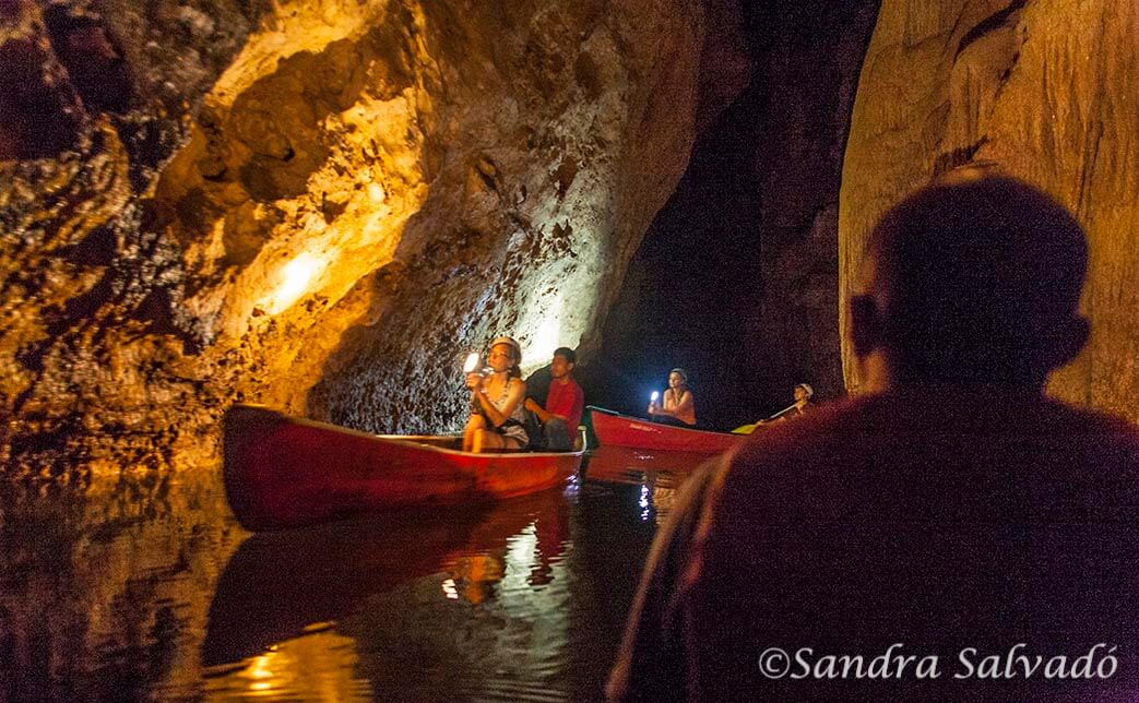 Barton Creek Cave, Belize
