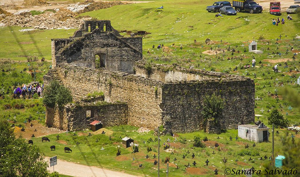 Cementerio Chamula, Chiapas, México