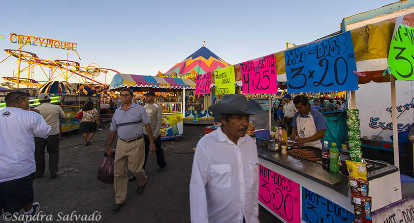 Tacos and hot dogs at the fairgrounds at the Reyes de Tizimín Cattle Fair. Yucatan, Mexico