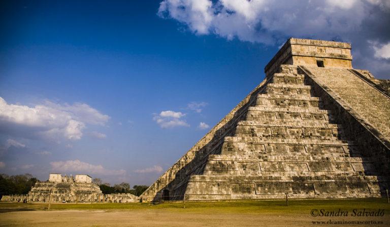 Chichen Itza, pirámide Kukulkan, México
