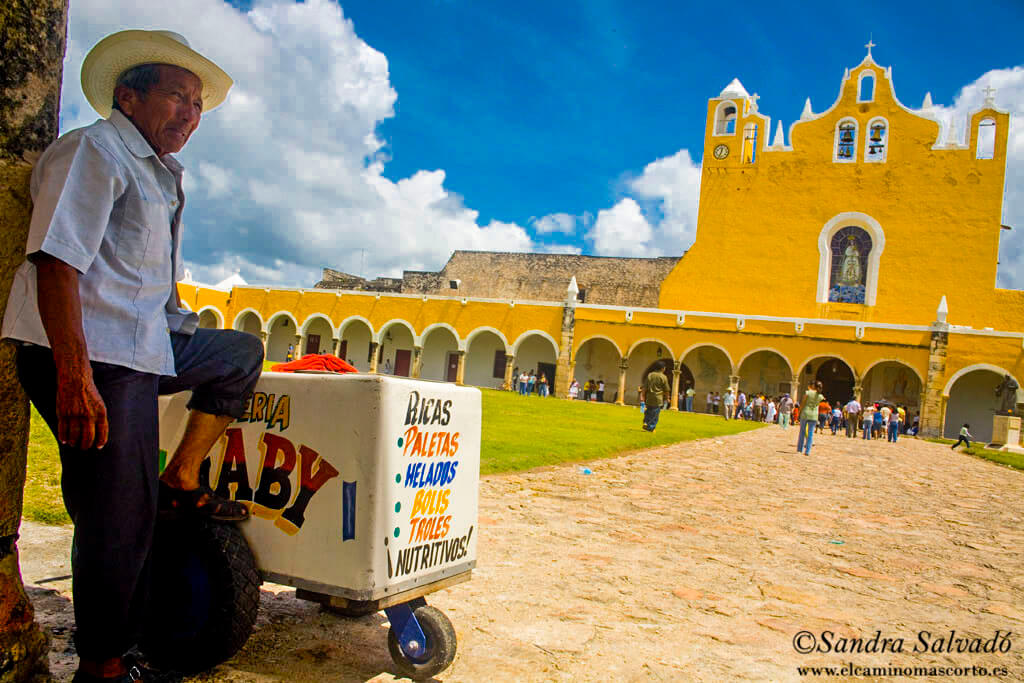 how to go to Izamal