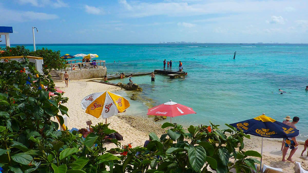 Playa-garrafon-isla-mujeres