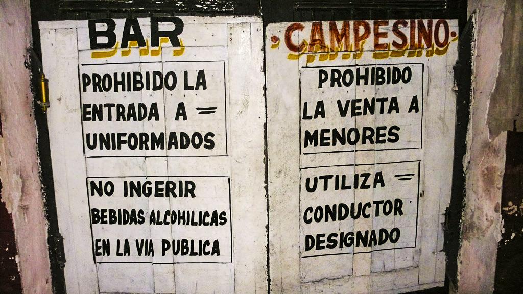 Entrada a una cantina en Valladolid