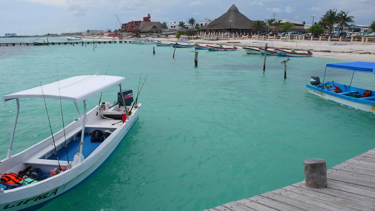 Puerto Morelos beach, Riviera Maya, Quintana Roo, Mexico.