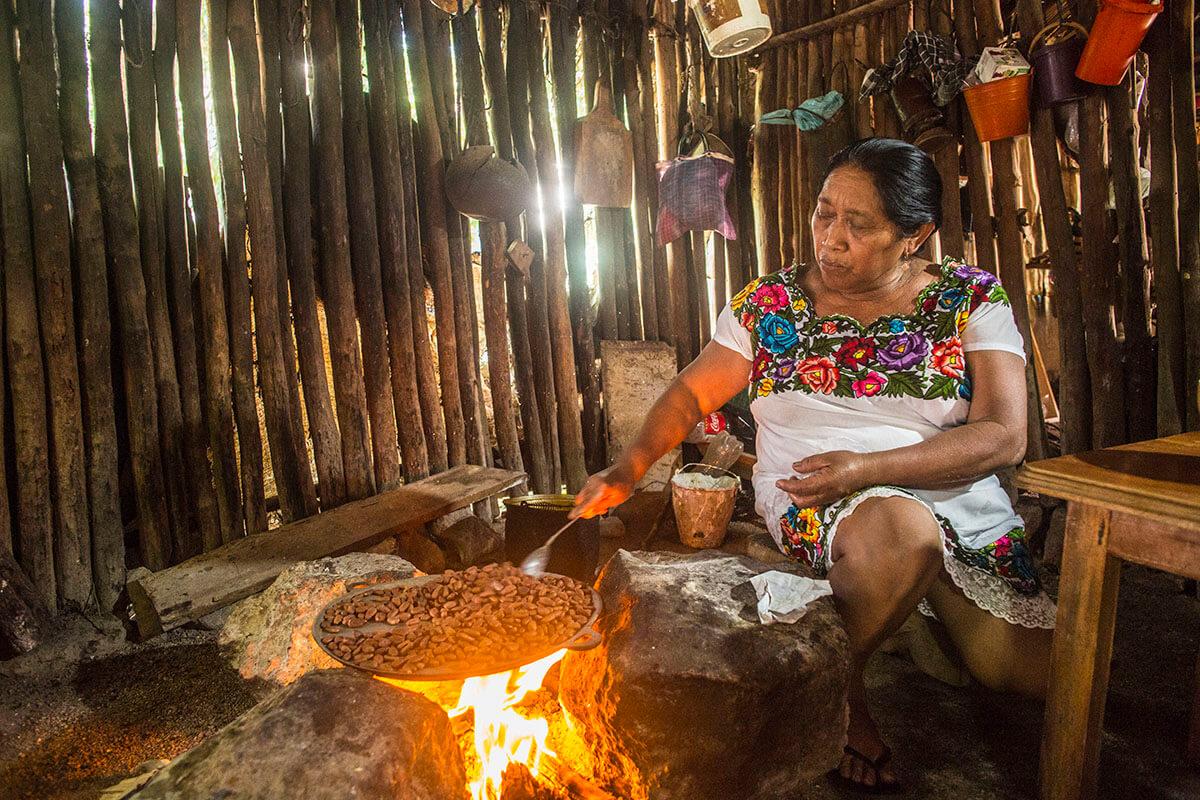 Cultura maya. Comunidades indigenas.
