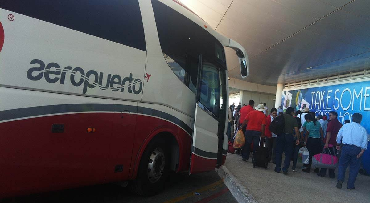Transportation information from Cancun airport. Prices and schedules of bus, taxi and transfers to the destinations of Riviera Maya.