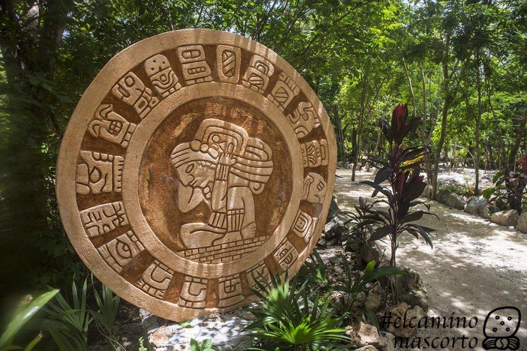 parador turistico cenote chichikan