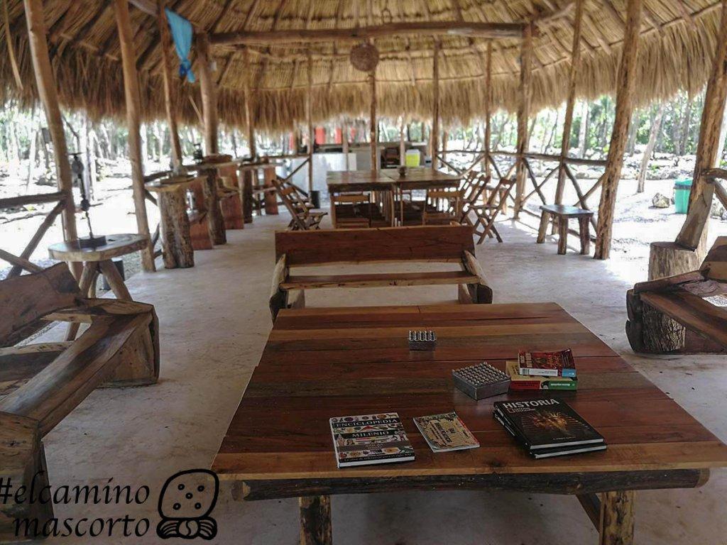 Cenote Secreto Maya